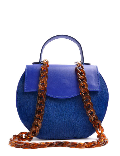 Exklusive Trachtentasche in aktueller Trendfarbe royalblau . Handgearbeitete Dirndltasche . OSTWALD Traditional Craft