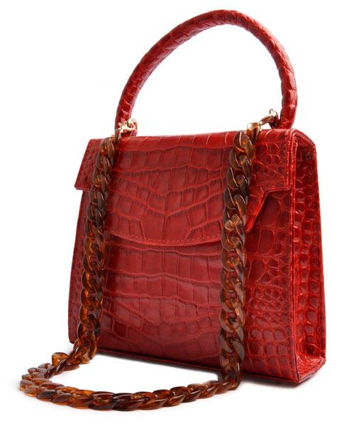 Schultertasche Olivia  in rotem Kalbleder in Krokooptik, elegante Trachtentasche, Dirndltasche in Retrooptik, Handgearbeitet. OSTWALD Traditional Craft
