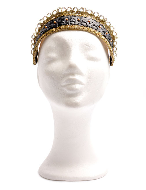 Headpiece Niely Hoetsch . black & gold