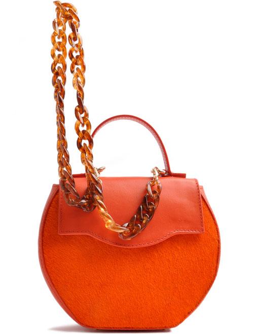Edle Trachtentasche in aktueller Trendfarbe orange . Handgearbeitete Dirndltasche . OSTWALD Traditional Craft