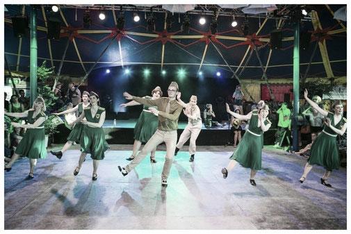 Steppen lernen in München Steptanz Kurse Unterricht Workshops in München. Vintage Dance Studio Silvia Plankl, Dixie Dynamite