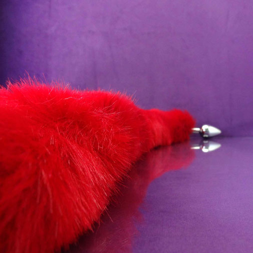 red tail plug long tail plug buttplug tail butt plug tail petplay red long tail plug 75 cm tail buttplug met lange staart buttplug met staart butt plug with tail buttplug staart plug met lange staart rode staart plug anaalplug staart anaal plug rood