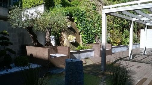 WPC Kombi: Terrasse, Pergola & Sichtschutz in Lugano