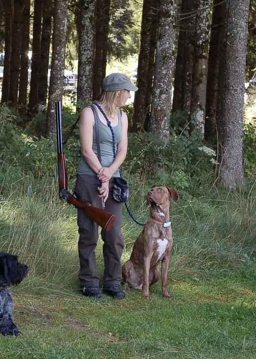 Claudia und Etyal in der Brauchbarkeitsprüfung - Mels Hundeausbildung / Premium-Hundeschule für den Zollernalbkreis