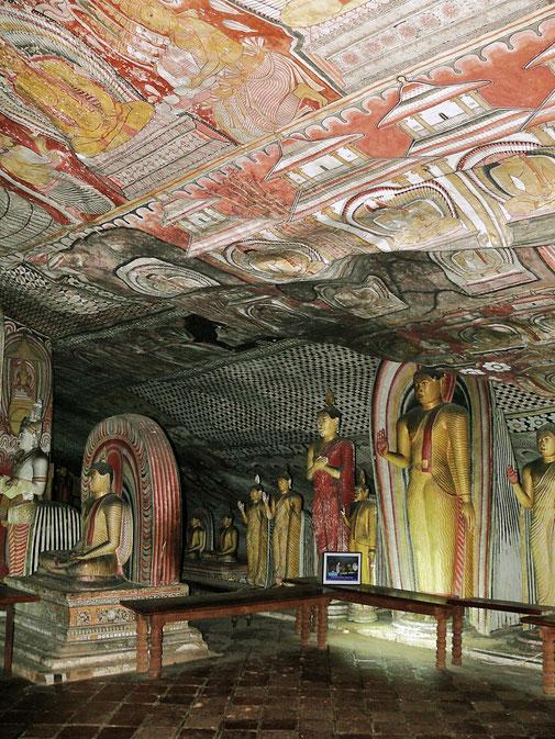 Spurenwechsler Reiseblog Reise TIP BLOG In der Spur Sri Lanka Dambulla,, Schwarz Jörg Kultur Highlights