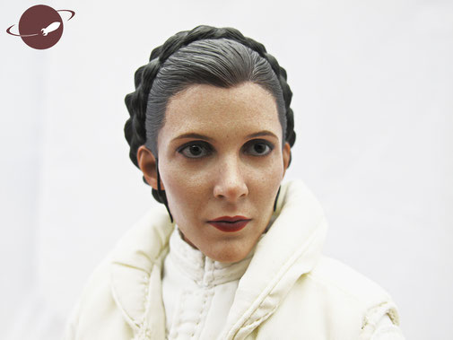 Hot Toys Princess Leia Hoth Outfit Sixth Scale Figure Unboxing Review FANwerk Head Sculpt