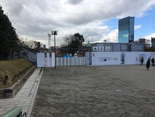大阪城公園駅前の工事