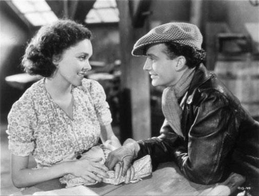 Maureen O'Sullivan (Lorraine Lavond) et Frank Lawton (Toto)