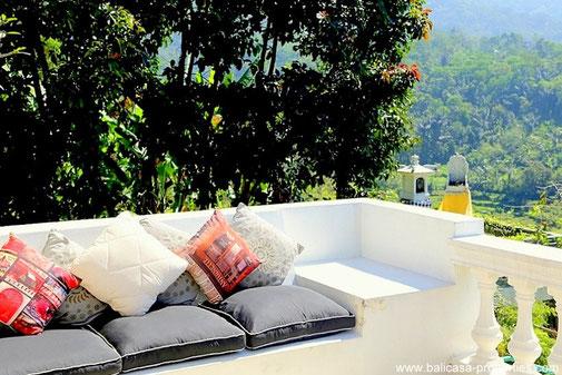 Baturiti mountain villa for sale with 3 bedrooms.