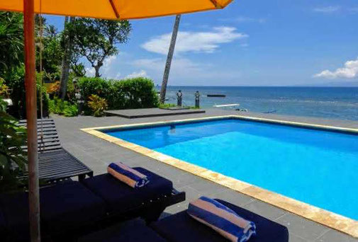 Candidasa beachfront house for sale