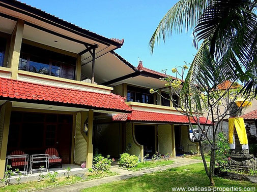 Kuta hotel for sale with 16 bedrooms