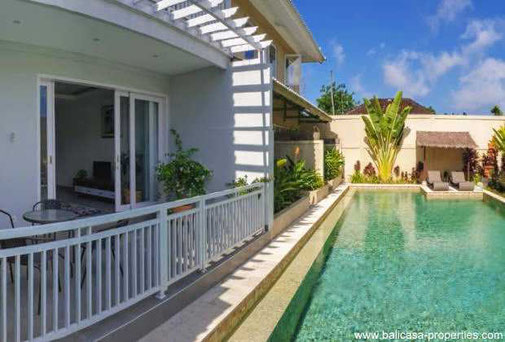 Sanur townhouse for sale on the beach side