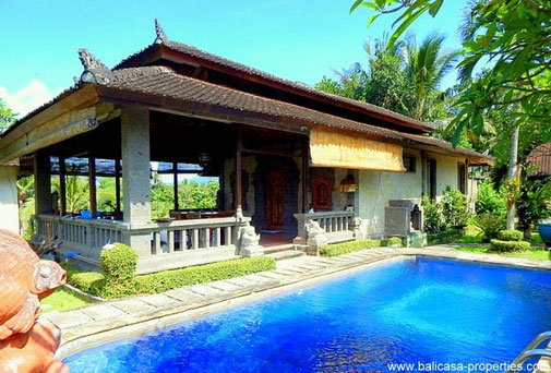Tabanan traditional house for sale with 3 bedrooms