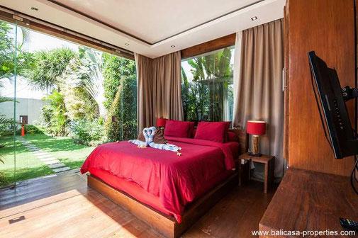 Seminyak 3 bedroom villa for sale with open living