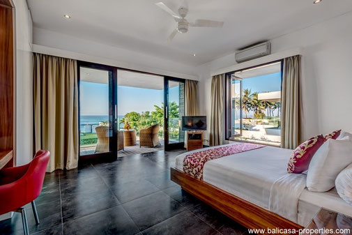 Keramas modern 3 bedroom beachfront villa for sale.