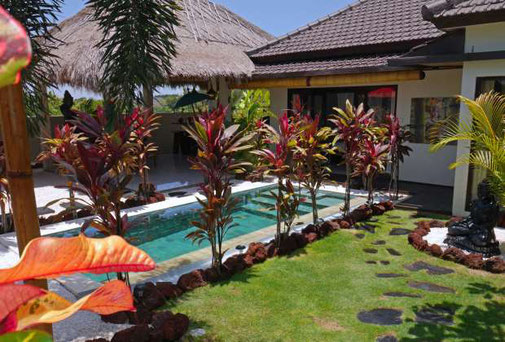 Modern 2 bedroom villa in Goa Gong with 270 degrees views.