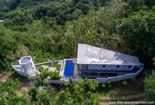 North Bali villa for sale with 3 bedrooms, located in the hills above Lovina