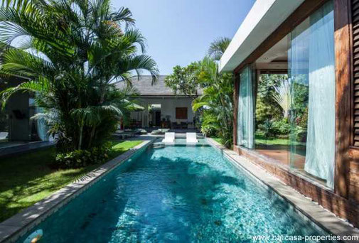 Seminyak 3 bedroom villa for sale with open living