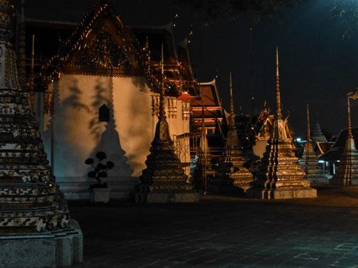 Wat Pho in der Nacht