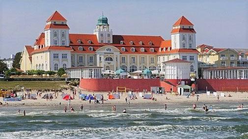 Urlaub in Deutschland und an der Ostsee boomt: Hotel Kurhaus Binz auf Rügen