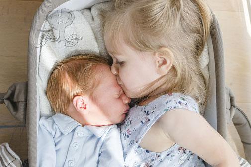 Geschwisterfotos, Babyfotos, Familienfotos, Newbornfotos, Homestory