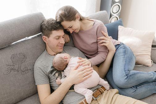 Newbornfotos, Babyfotos, Familienfotos, Newbornshooting, Familienshooting, Homestory, Aham,