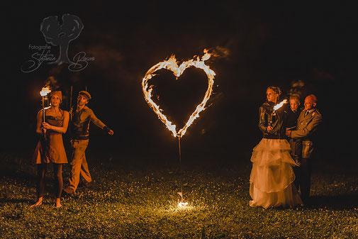 Hochzeit, Paarshooting, Feuershow, Landshut, Kirche,