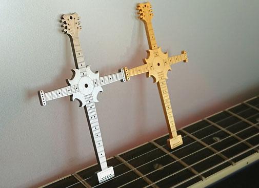 Instruments on Body, Halsschmuck, Kreuz, Schmuck für Musiker, Accessoires für Musiker, Schmuck für Gitarristen, Fashion for Musicians, Accessoires für Gitarristen, Geschenk für Musiker.