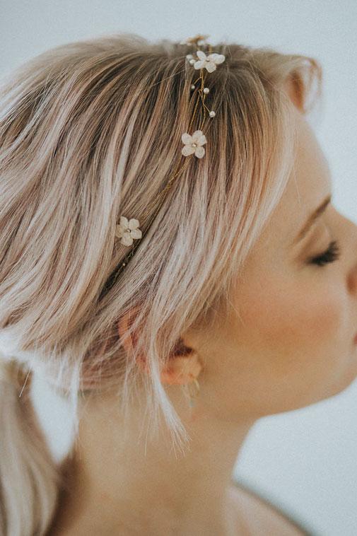 dezenter Haarschmuck für die Hochzeit