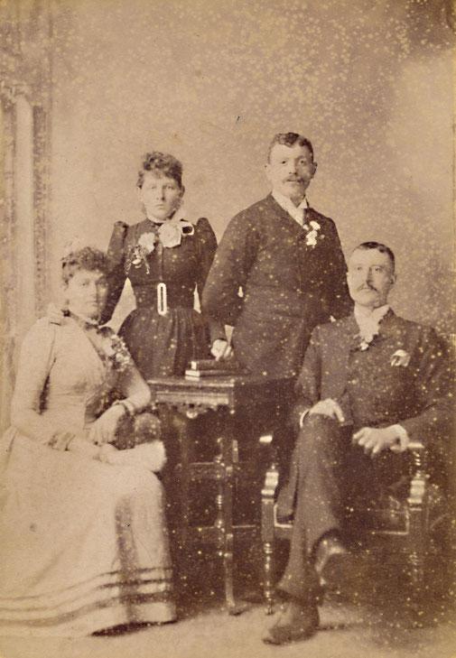 Zwei Freunde sind nun Schwäger: Johannes Mette und Heinrich Heymer heirateten Schwester, Töchter eines aus Koblenz ausgewanderten Farmers