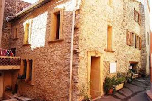 Saint Paul en Forêt, dans le pays de Fayence:  village typiquement provençal !
