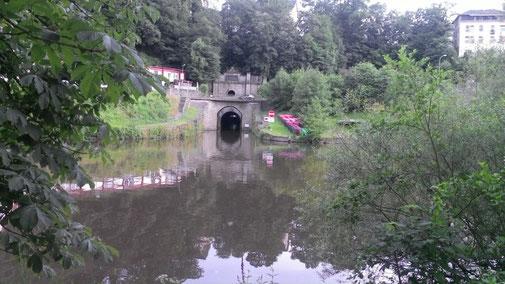 Kanuverleih Lahn - paddeln Weilburg Tunnel