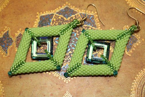 Perlen-Ohrringe Square by Kinari Handmade Jewellery