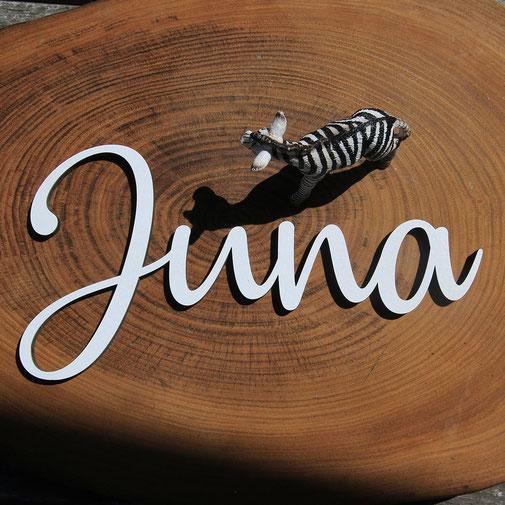 Namensschild für das Kinderzimmer aus Holz in verschiedenen Farben.  Auch in metallischen Farben wie Gold, Silber und Kupfer erhältlich.