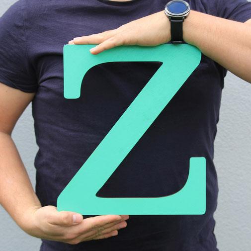 Holzbuchstaben mit einer Höhe von 30cm