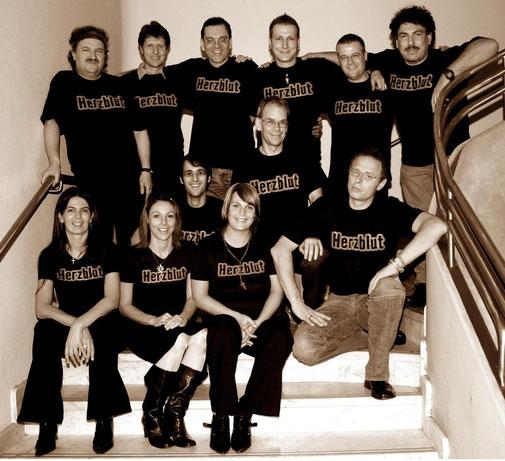 Oben: Harry, Frank, Andy, Chris, Ralf, Gerd. Mitte: Christoph, Albrecht, Michael. Unten: Alex, Nicole, Sandra (v.l.n.r.)