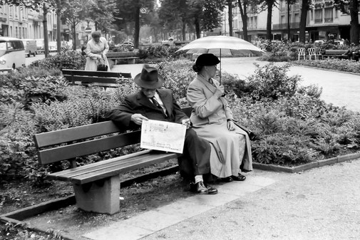 Krefelder Ostwall | Pressefoto Lengwenings | 20.05.1957