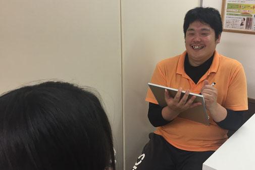 松山市あさひ整体院産後の骨盤矯正は、産後骨盤矯正だけでなく、日常生活での骨盤の歪みからくる腰の痛みなど、詳しくカウンセリングを行っています。