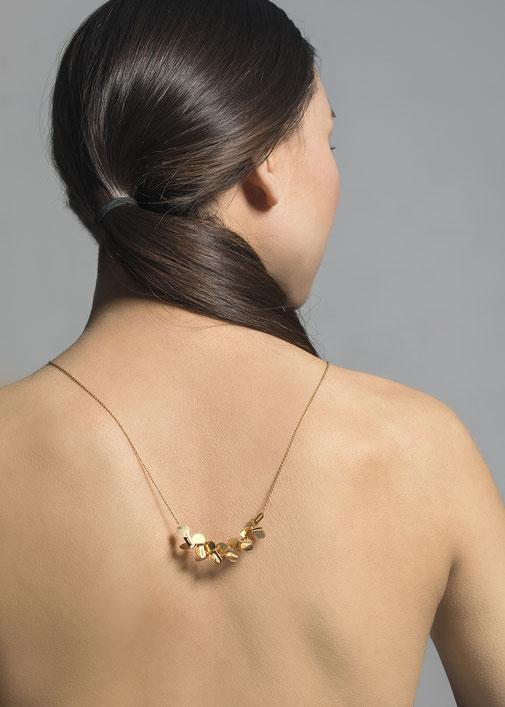 Halskette aus vergoldetem Silber