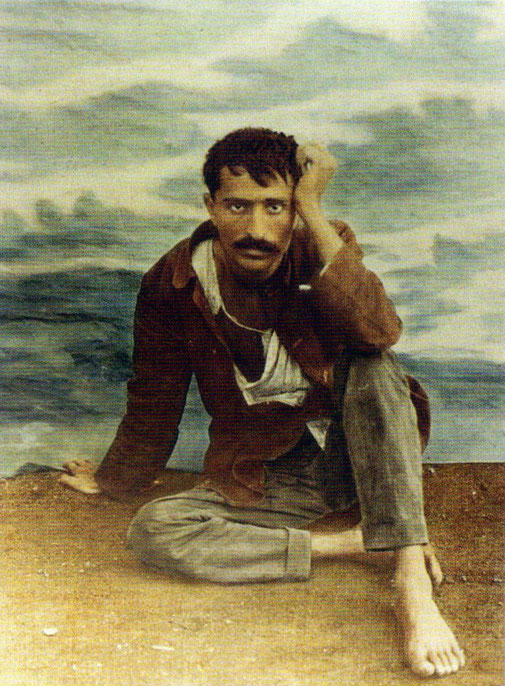 1922 : Meher Baba's photo was colourized.  Courtesy of Glow International - Spring 2018