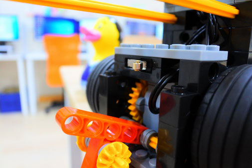 大分のロボット教室|段差検知後の状態