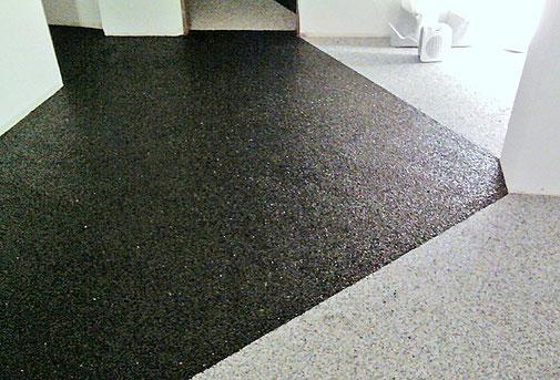 Steinteppich Fußboden mit geometrischem Muster.