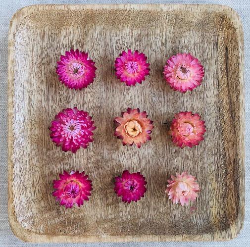 suho cvetje dried flowers lavendel sivka garn bombažna vrvica suhe rože vrvice škatla trak dekoracija decoration pšenica črnika sadrenka lovor žito