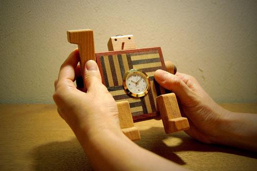 ロボ時計(正方形)