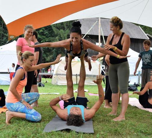 Yoga Gemeinde Laas. Yoga Gemeinde Prad. Yoga Gemeinde Mals.
