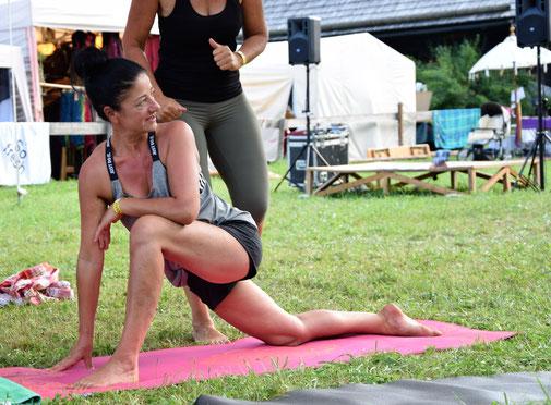 Yoga Schnals.