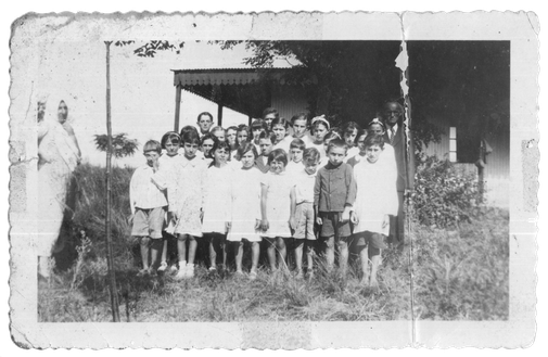Rubinson family 1934 family photo Colonia Louis Oungre Alcaraz Entre Rios Uriel Rubinson and his students in the school of the Colonia