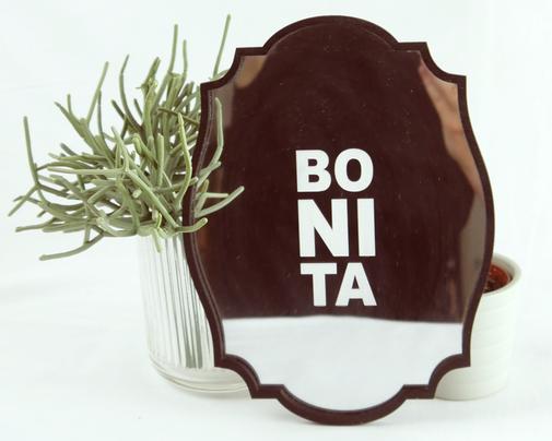 silber Spiegel mit schwarzem Holzrahmen, Lasergravur BONITA
