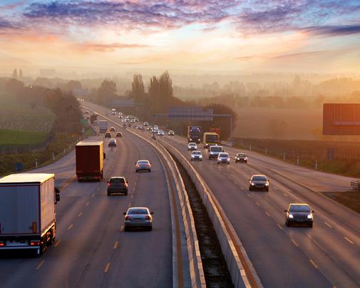 Elektromobilität hilft Emissionen einsparen in Gegenden, wo viel Verkehr herrscht