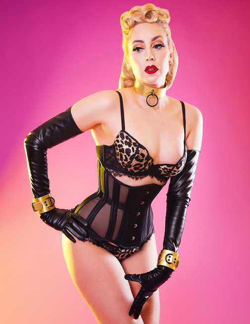 Model Sasha van de Rose - Photo by Le Mew Photography